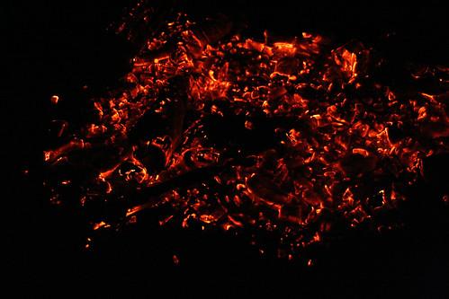 Där elden falnar (men fortfarande glöder)