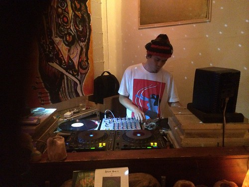 dublab.jp Radio Space Orbit presents NEIGHBORS RADIO vol.1 (7.15.15)