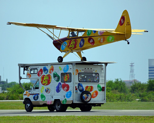 Melbourne 2016 Jelly Belly RV Landing 8x10 JTPI1659