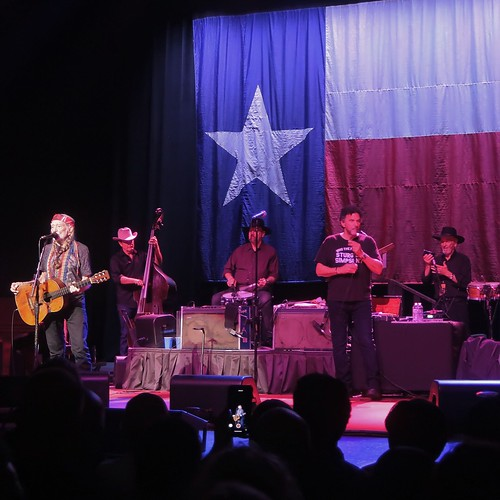Willie Nelson - Willie Hugh Nelson with Bobbie Nelson, Paul English, Mickey Raphael, Billy English & Kevin Smith