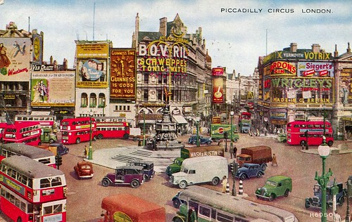 Piccadilly Circus, London, postcard 1948