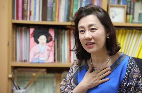 haegeum_player_Kang Eun-il_06