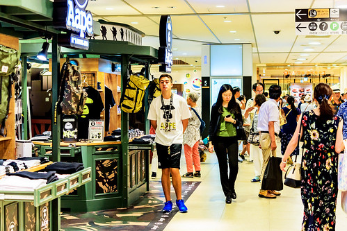 AAPE BY A BATHING APE® STORE (fashion brand store) in Tokyo soramachi : AAPE STORE(東京ソラマチ)