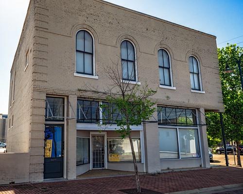 Hill-Holly Building (1913), 300 N Farish St, Jackson, MS, USA