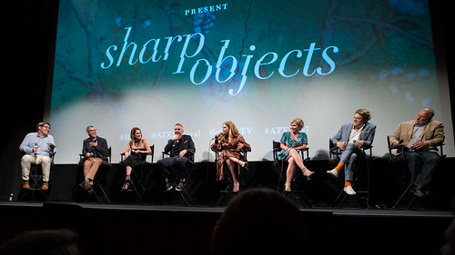 Moderator Bill Keith, David Levine, Gillian Flynn, Jean-Marc Vallée, Amy Adams, Marti Noxon, Jason Blum and Pancho Mansfield