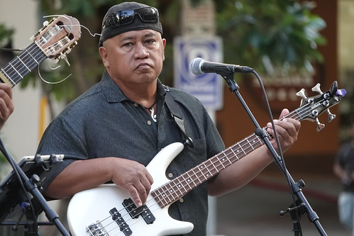 Na Mele No Na Pua featuring Kawika Kahiapo and Friends at Waikiki Beach Walk - 8-19-18