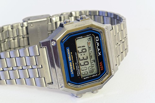OMax M283 LCD wristwatch