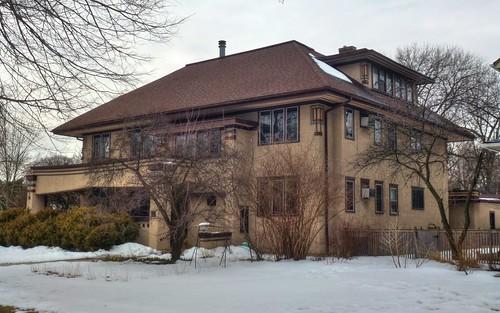 Rose Kavana Apartments