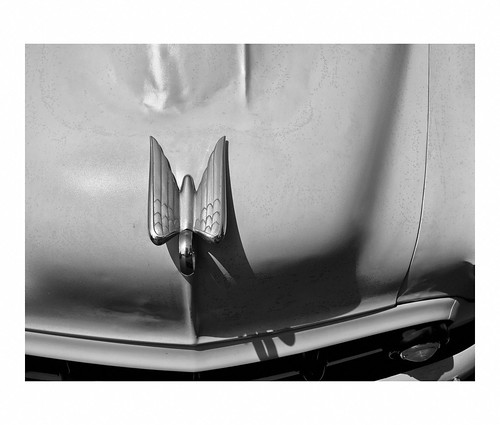 Hood ornament on a collector's automoble