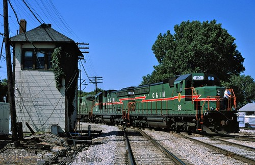 CHICAGO & ILLINOIS MIDLAND 80 LEADS THE WAY NORTH OVER THE SOUTHERN PACIFIC AT RIDGELY TOWER - SPRINGFIELD, ILLINOIS - JULY 6, 1996