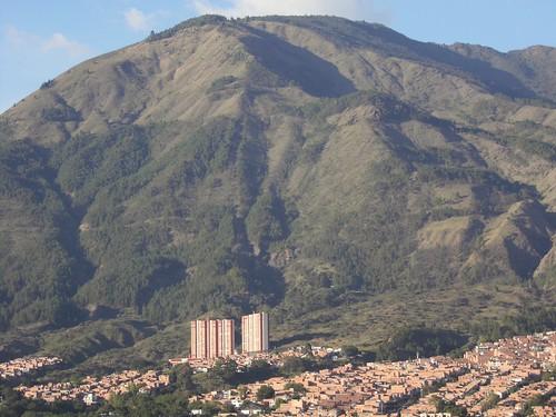 CERRO EL QUITASOL EN BELLO.. ANTIOQUIA.. COLOMBIA