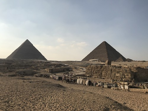 The Sphinx, the Great Pyramid of Giza, Cairo, Egypt.
