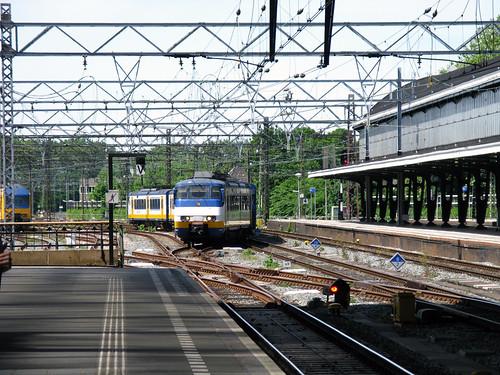 2004 SGMm 2957 (NS Sprinter) electric multiple unit passenger train - Haarlem, Netherlands