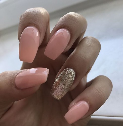 Hair Styles Ideas : Choose nail designs that best describe your dynamic personality and let this sea...