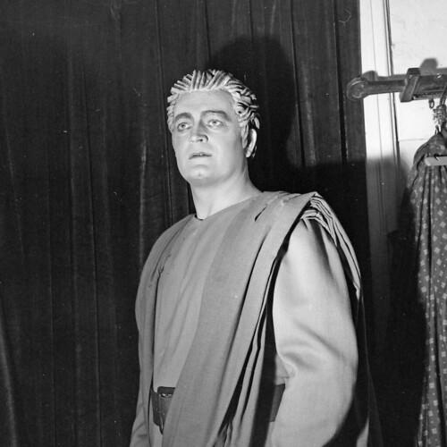 fortepan_130960-Kónya Sándor operaénekes.