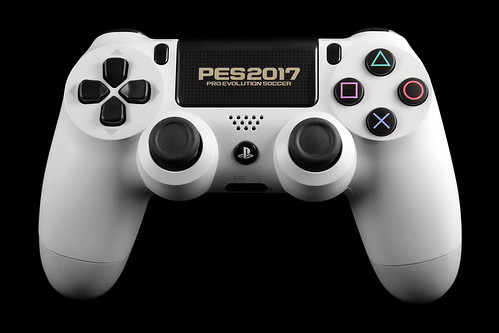 Sony PlayStation 4 Dual Shock 4 - Pro Evolution Soccer 2017