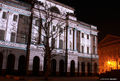 LOOMO / 3D VIDEO MAPPING VIENNA NOW OR NEVER  in POLAND: Nowy Swiat, Palac Staszica / PAN