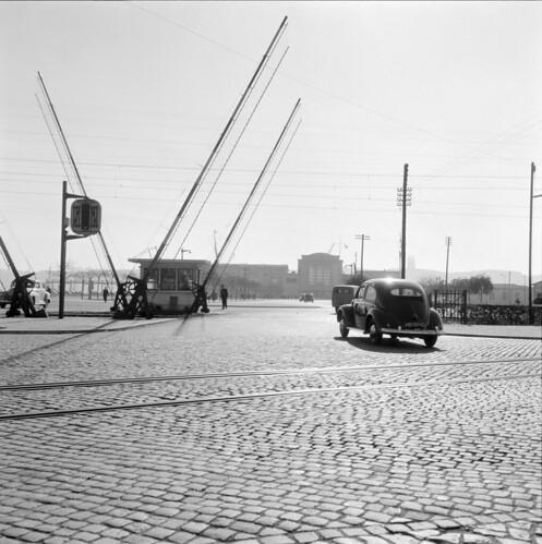 Alcântara, Lisboa (M. Novais, c. 1955)