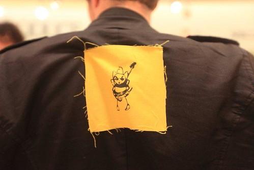 Kevin Taylor wears the bee, Florida, Yula & The Extended Family, by AlyssaTanchajja.com