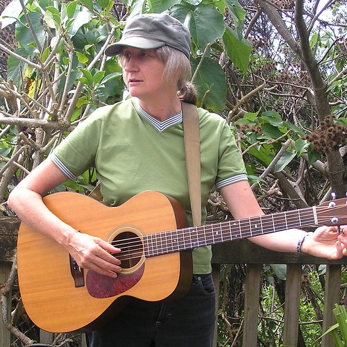Kath Tait - Singer and Song Writer (1)