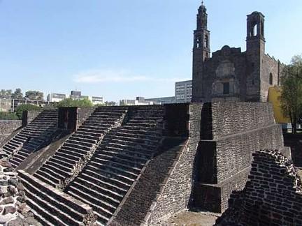 Zona arqueológica de Tlatelolco 008