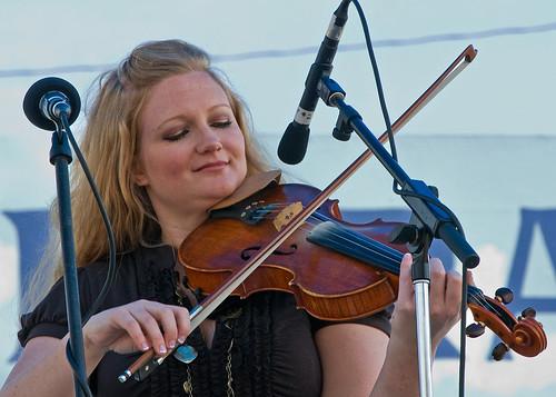 Kati Penn & New Town ~ Walnut Valley Festival '09