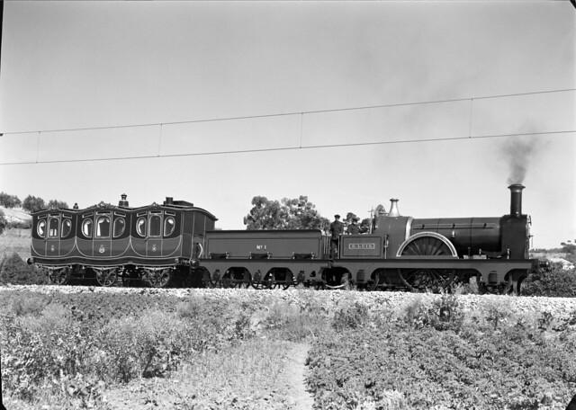 Comboio real (Estúdio de M. Novais, s.d.)