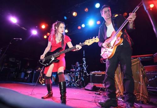 Yula Be'eri and Roy Gurel perform as Nanuchka, on tour, Yula & The Extended Family, by AlyssaTanchajja.com