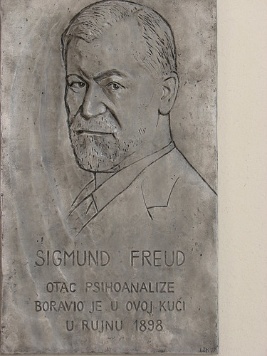 Sigmund Freud relief, Split