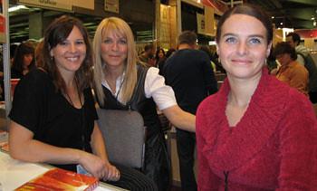 Josée Lavigeur aux côtés de Mélissa Lemieux et Isabelle Charest.