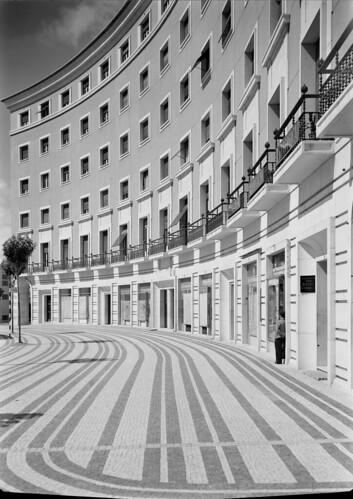 Praça do Areeiro, Lisboa (H. Novais, c. 1950)