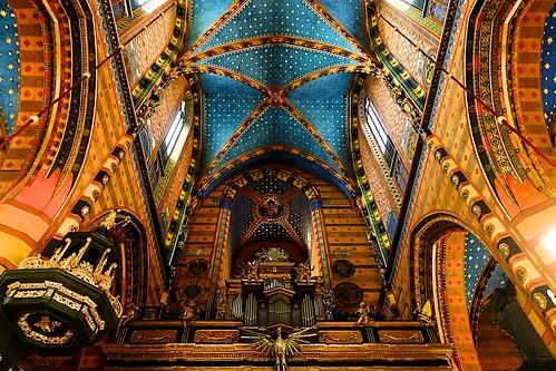 St. Marys Basilica -  Krakow  - DSC04608