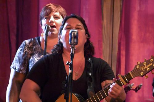 Elana Harte & Stiletto Flats live 23
