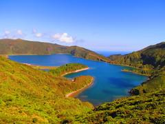 Lagoa do Fogo, So Miguel (twiga_swala) Tags: portugal miguel gua volcano scenery san lagoon lagoa laguna serra sao volcanic fogo pau so miradouro vulcano azores aores vulco barrosa vulcanic acores somiguel