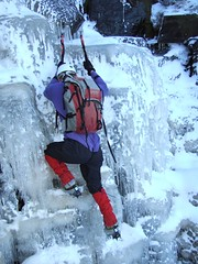 Wilderness Gully - The Chew Valley (Craig Hannah) Tags: pictures uk england ice photography climb mod photos yorkshire images photographs oldham wilderness pennine scramble gully dovestones saddleworth moderate chewvalley greatermanchester westriding iceclimb craighannah