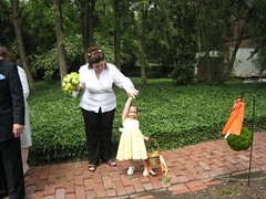 maid of honor and flower girl (alist) Tags: family wedding alist robison susierobison charlottelasky alicerobison ajrobison