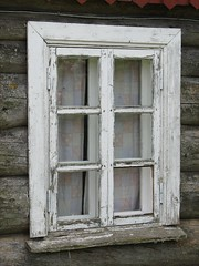 ikkuna (vaula) Tags: old white window island estonia decay cc creativecommons 2008 decayed vormsi viro ikkuna