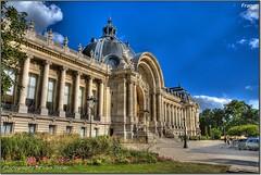 Paris (Lars Tinner) Tags: paris france geotagged ledefrance champselyses wwwtinnersg geo:lon=2314223 geo:lat=48866112 066kmtochampselysesinledefrancefrance httpwwwtinnersg tinnersg