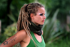 Green Dragon Girl Prepares (BigBean) Tags: woman green london girl dreadlocks hulahoops streetperformer embankment awwww bigbean hoolahoops hulahoopgirl lisalottie annagraf