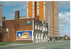 Paddock, Cross Lane, Salford 1990 (deltrems) Tags: beer bar hotel pub inn ale tavern booze salford boozer paddock hostelry crosslane deltrems