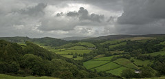 Yr olygfa o'r castell / The view from the castle (MyfanwyX) Tags: castle wales carmarthenshire view cymru ruin carregcennen castell adfeilion golygfa sirgaerfyrddin