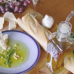 table_oil_tree8 (BreadnBadger) Tags: glass bottles recycled spout oilandvinegar breadandbadger