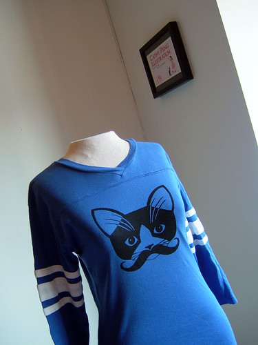 royal blue moustache kitty ribbed football jersey tee