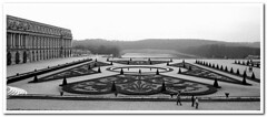 Parigi83-009 (Enrico Miglino) Tags: europa louvre monumento notredame poesia bianco antico nero paesaggio citt parigi metropoli grottesco miglino