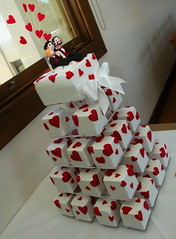 Mini cake tower (franjmc) Tags: red white tower hearts groom bride child figurines minicakes