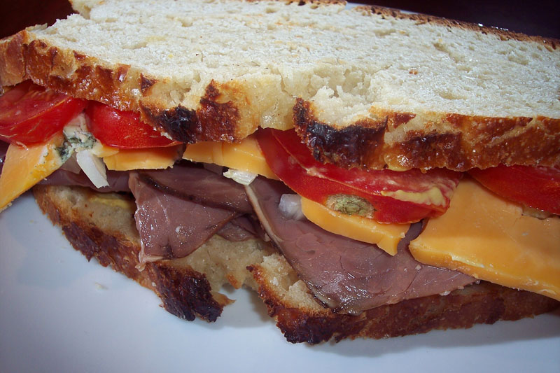 roast_beef_sandwich2.jpg