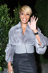 mary j blige at a party