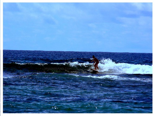 hawaiin surfing