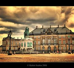 HDR - Palace of Christian IX in Amalienborg (*atrium09) Tags: travel copenhagen real denmark europe palace danmark hdr dinamarca københavn palacio danemark copenhague amalienborg atrium09 christianix rubenseabra