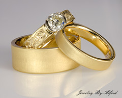 Rings (Alfredk) Tags: wedding usa gold engagement nathan maine jewelry ring diamond engraved lewiston jewelrydesign
